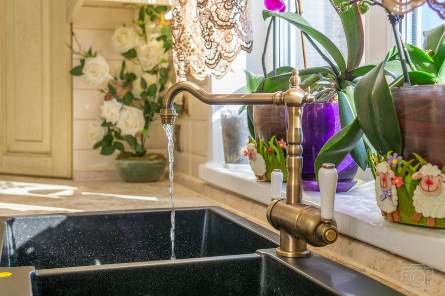 Белый кухонный гарнитур-Кухня из шпона «Модель 3»-фото9