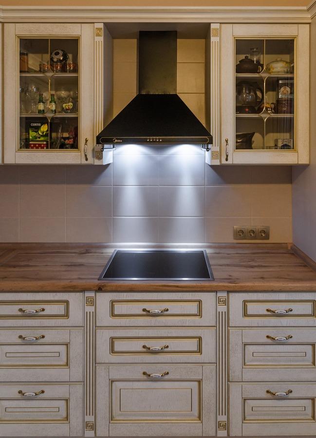 Белый кухонный гарнитур-Кухня из шпона «Модель 4»-фото5