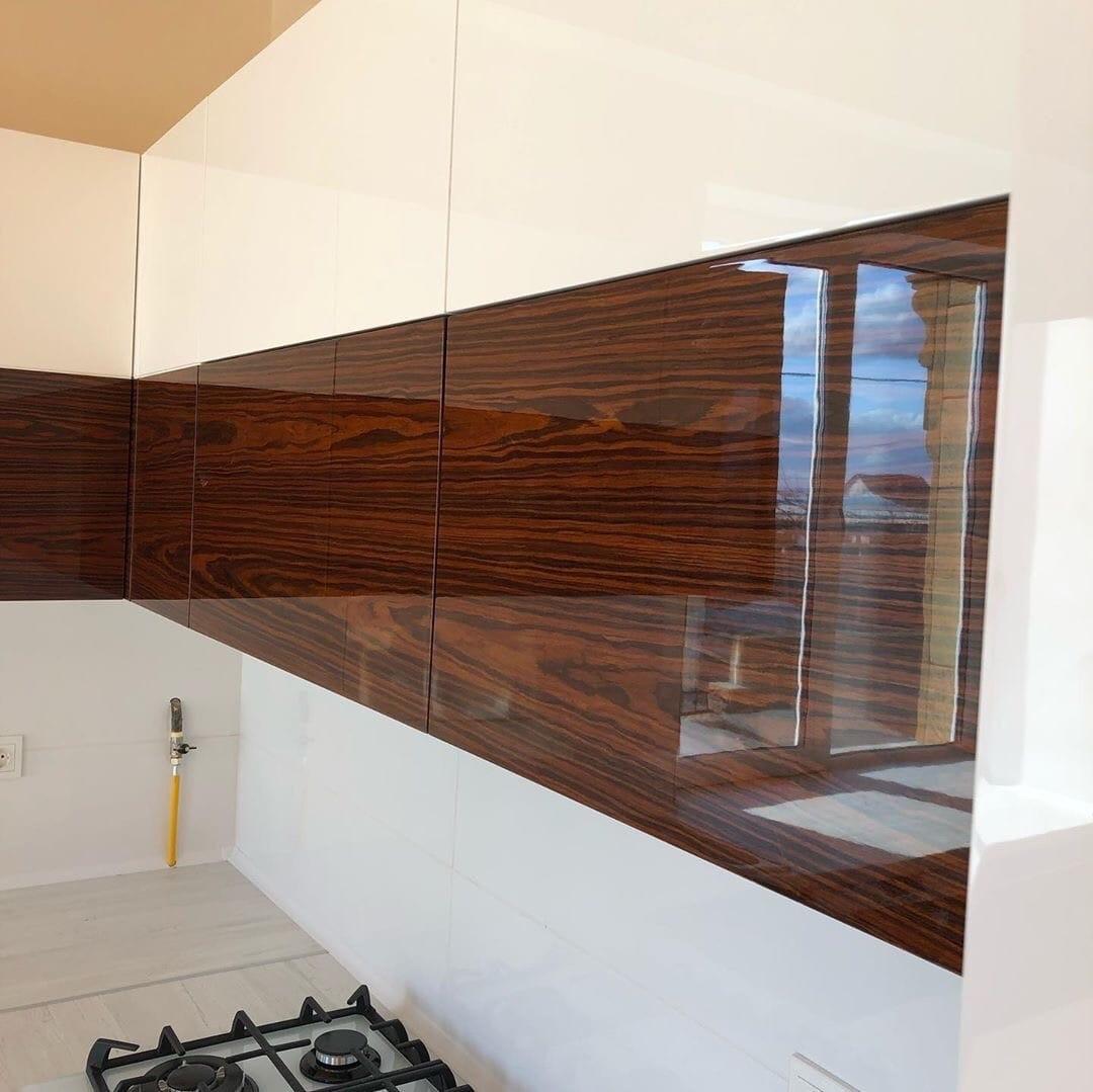Белый кухонный гарнитур-Кухня МДФ в эмали «Модель 563»-фото5